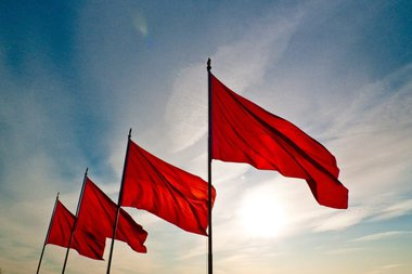 Red-Flag-1024x684.jpg